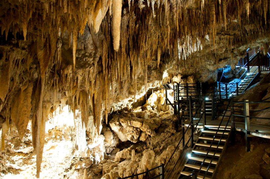 Ngilgi Cave Western Australia